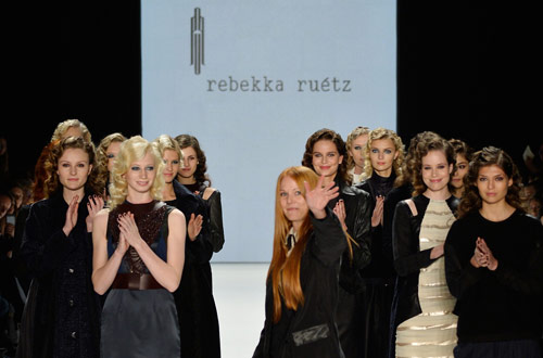 rebekka_ruetz_black_diamonds_front_coultique