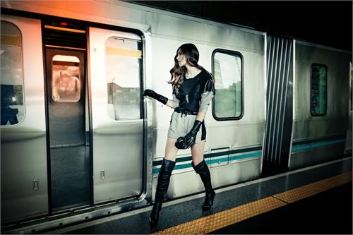brian_haider_train_love_07_coultique