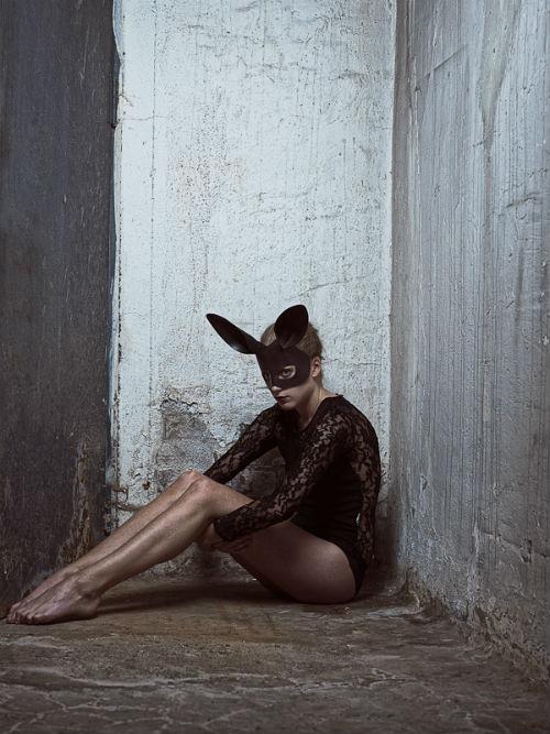 ole_martin_halvorsen_dark_bunny_04_coultique
