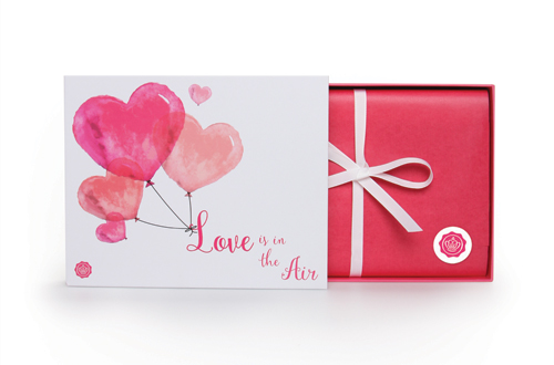 glossybox_valentines_edition_front_coultique