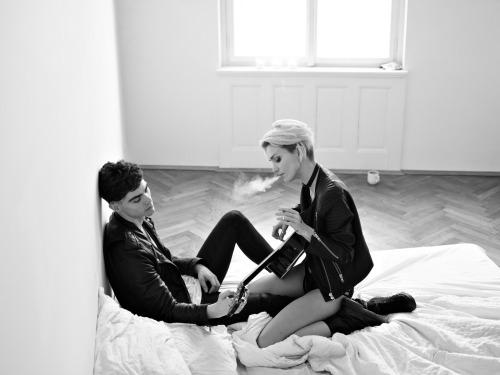 lukas_dvorak_guitar_and_cigarettes_03_coultique