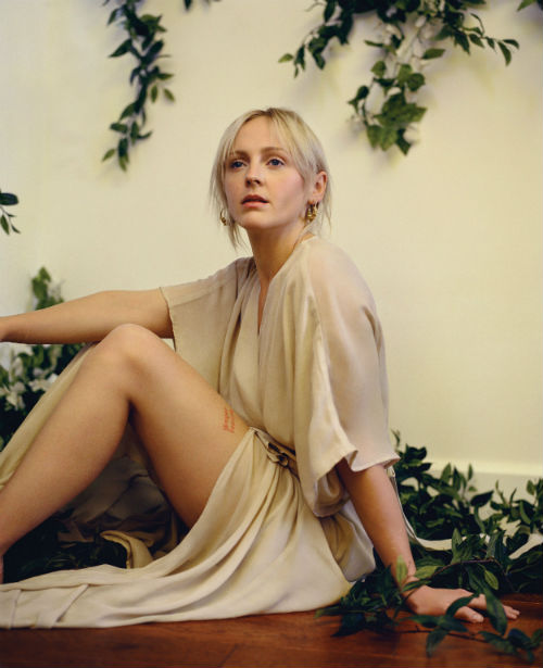 laura_marling_soothing_01_coultique
