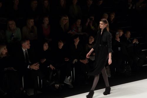 julia_kiecksee_mercedes_benz_fashion_week_fahrenheit_02_coultique