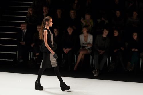julia_kiecksee_mercedes_benz_fashion_week_fahrenheit_05_coultique