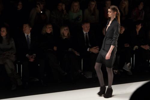 julia_kiecksee_mercedes_benz_fashion_week_fahrenheit_07_coultique