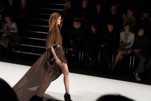 julia_kiecksee_mercedes_benz_fashion_week_fahrenheit_09_coultique