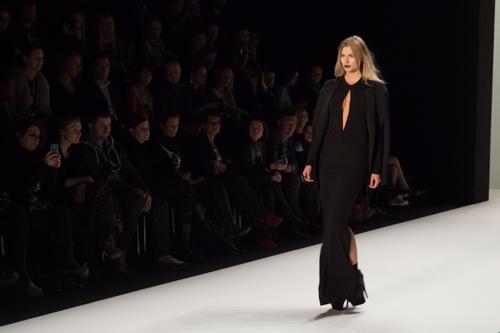 julia_kiecksee_mercedes_benz_fashion_week_irina_schrotter_03_coultique