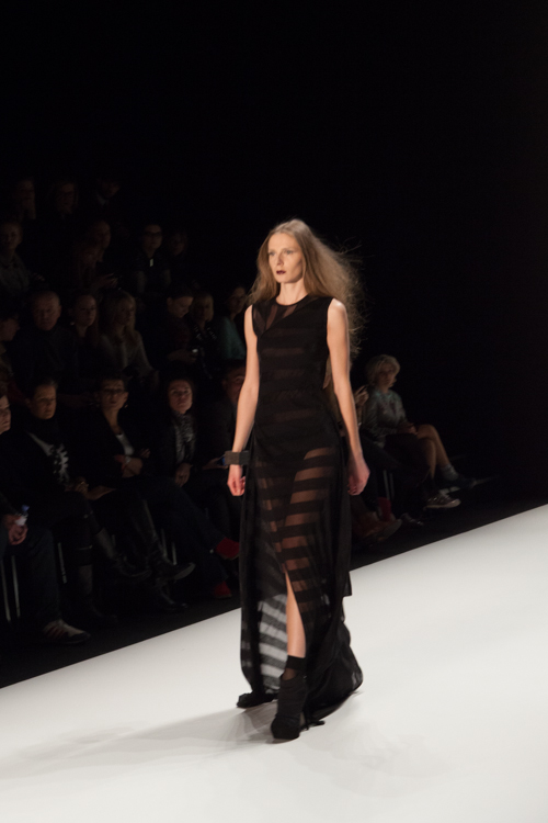 julia_kiecksee_mercedes_benz_fashion_week_irina_schrotter_04_coultique