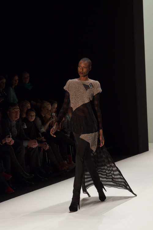 julia_kiecksee_mercedes_benz_fashion_week_irina_schrotter_05_coultique