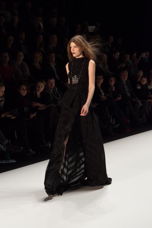 julia_kiecksee_mercedes_benz_fashion_week_irina_schrotter_06_coultique