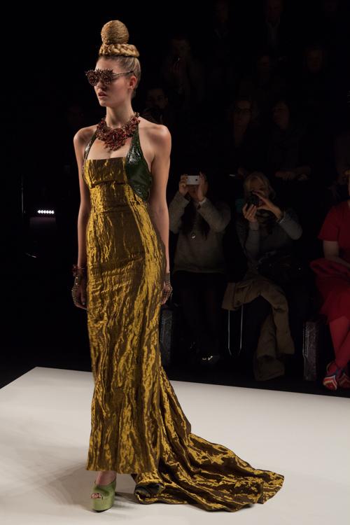 julia_kiecksee_mercedes_benz_fashion_week_miranda konstantinidou_06_coultique