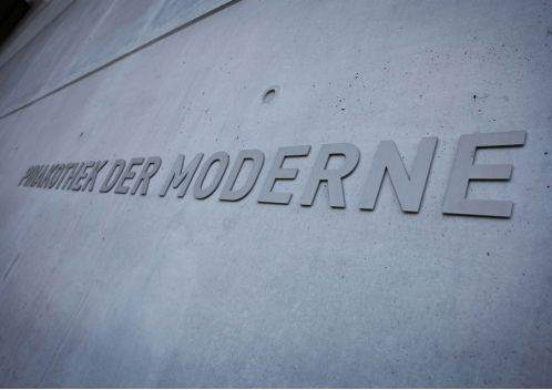 audi_pinakothek_der_moderne_front_coultique