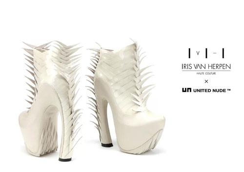 iris_van_herpen_un_voltage_haute_chaussure_02_coultique