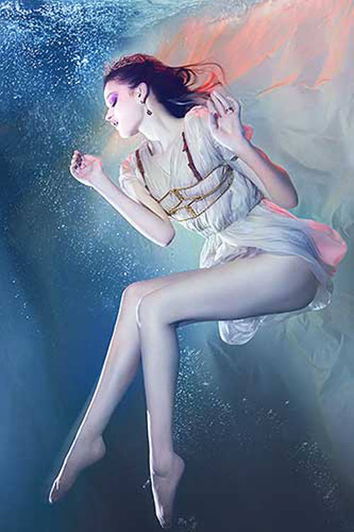 zena_holloway_39_coultique