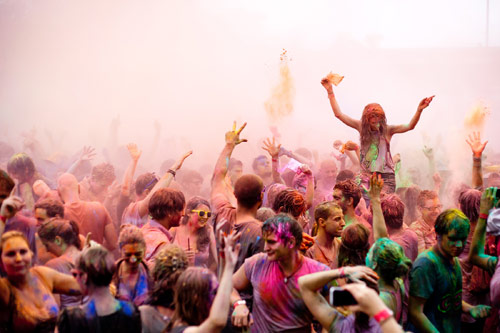 holi_festival_of_colours_04_coultique