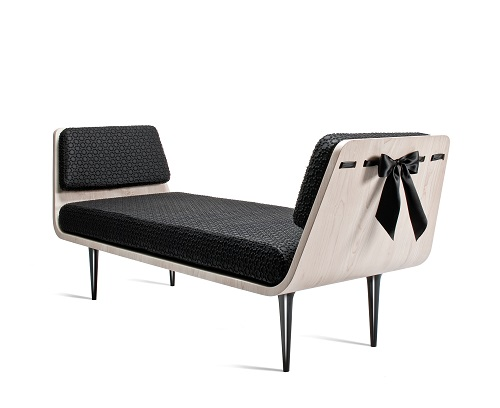 nika_zupanc_modesty_bench_01_coultique
