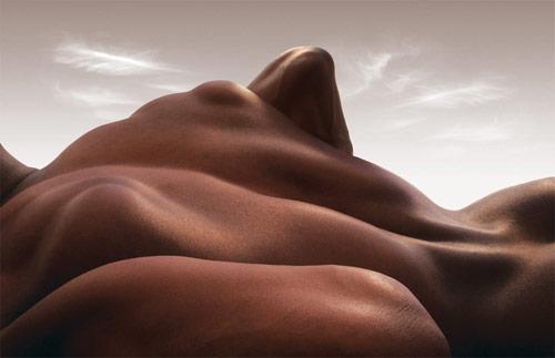carl_warner_body_landscapes_elbow_point_coultique