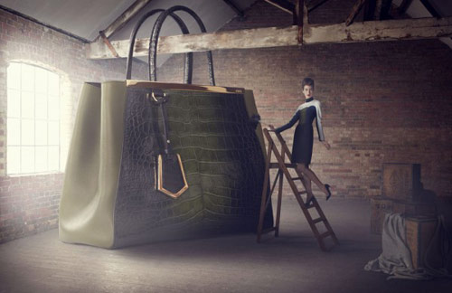 lucia_giacani_the_big_bag_theory_front_coultique