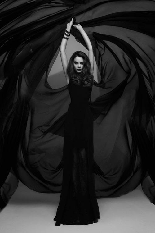 pauline_darley_nemesis_black_03_coultique