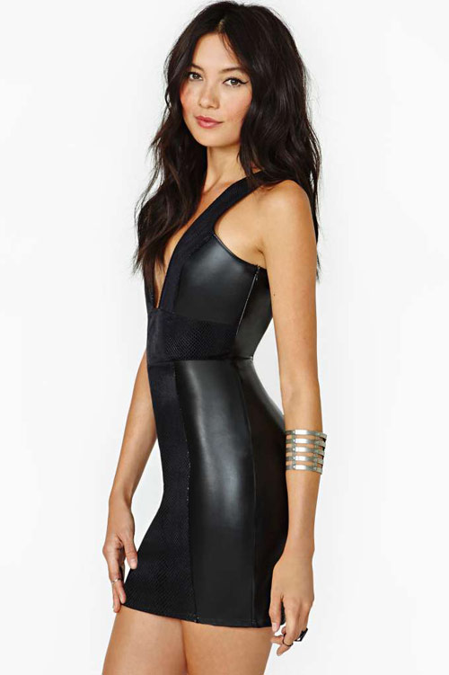 silvester_outfit_nasty_gal_hard_habit-_faux_leather_dress_02_coultique