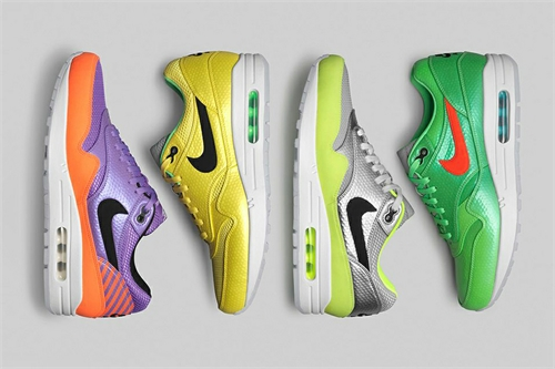 nike_air_max_1_premium_fb_mercurial_pack_front_coultique