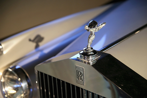 Rolls-Royce-Silver-Cloud-II---A-View-to-a-Kill-(1985)-1