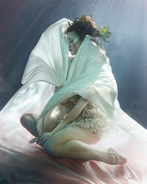 zena_holloway_dream_weavers_02_coultique