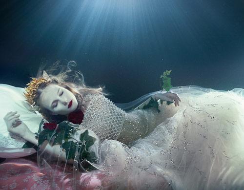 zena_holloway_dream_weavers_front_coultique