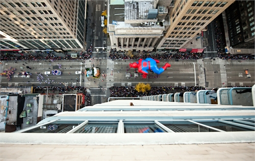 navid_baraty_intersection_macys_day_parade_08_coultique