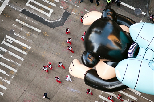 navid_baraty_intersection_macys_day_parade_12_coultique
