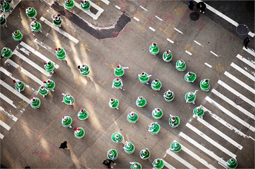 navid_baraty_intersection_macys_day_parade_16_coultique