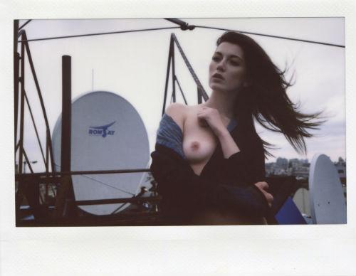julia_chernih_polaroid_babes_10_coultique