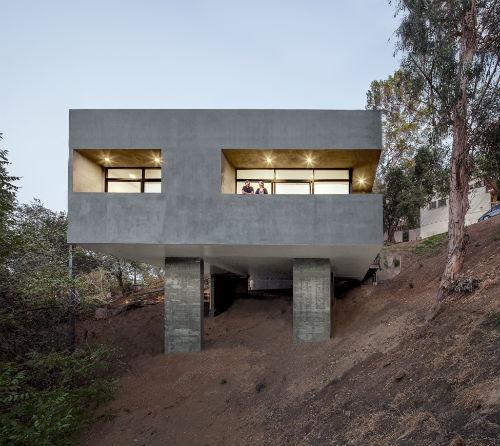 anonymous_architects_car_park_house_01_coultique
