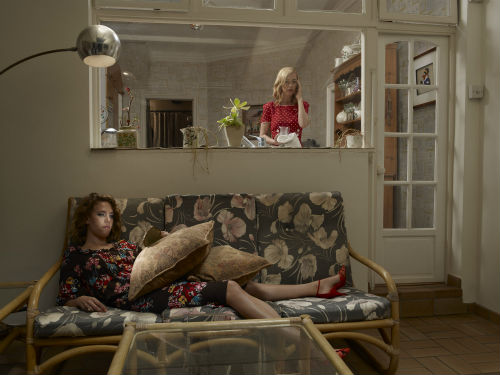 julia_fullerton_mothers_daughters_12_coultique