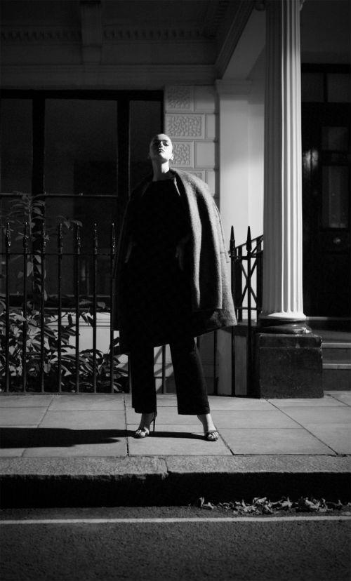 j_konrad_schmidt_smoking_break_in_london_05_coultique