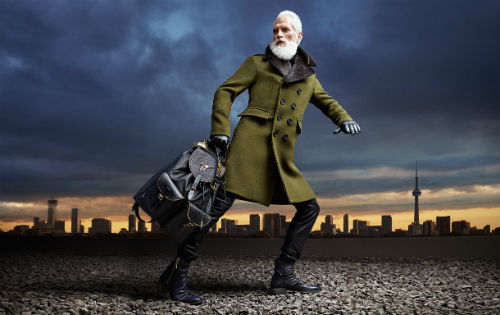 chris_nicholls_yorkdale_fashionsanta2015_01_coultique