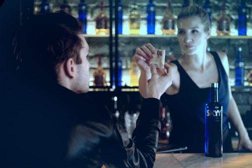 skyy_vodka_eine_generation_weiter_enjoy_responsibly_01_coultique