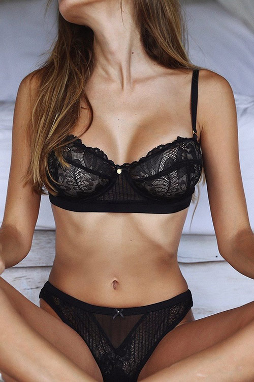 gooseberry_intimates_its_a_secret_black_coultique