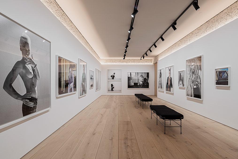 iwenZ: Leica Galerie München x Bryan Adams